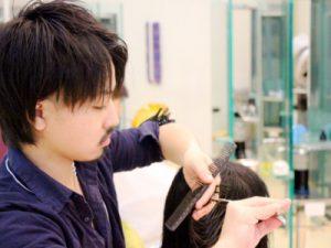 美容師さんは髪の毛のプロです!