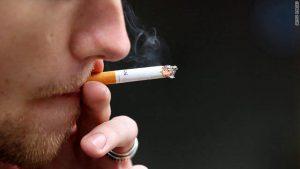 たばこは体のみならず、髪の毛にもよくありません